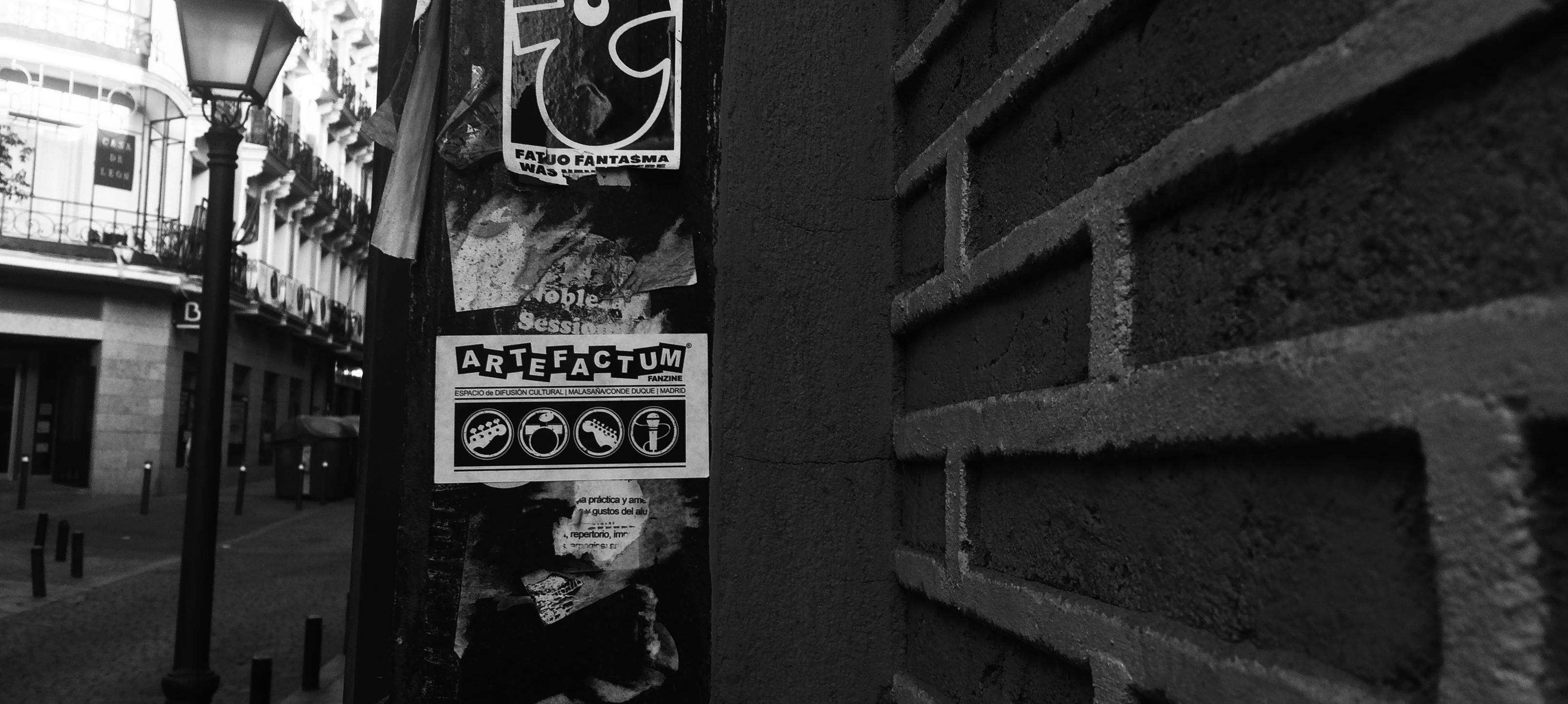 artefactum_street_Bw